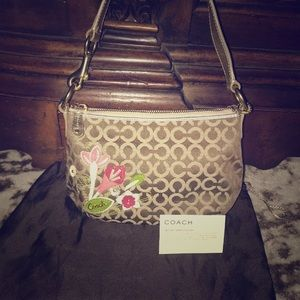 NEW Coach signature flower leather bag - RARE